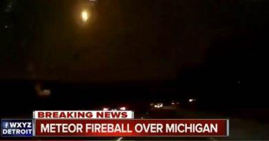 Meteor flies over southeast Michigan