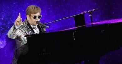 Elton John Coming Back To Louisville!
