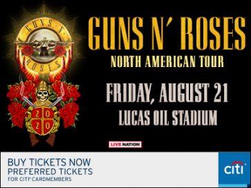GUNS N' ROSES @ Lucas Oil Stadium